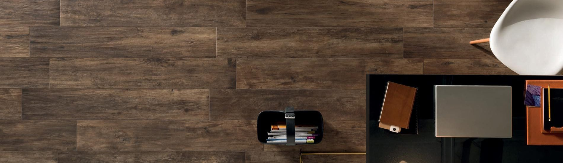 banner-slowood-wood-look-floor-wall-tile-polis